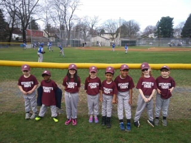 Stewarts Shops kids baseball team