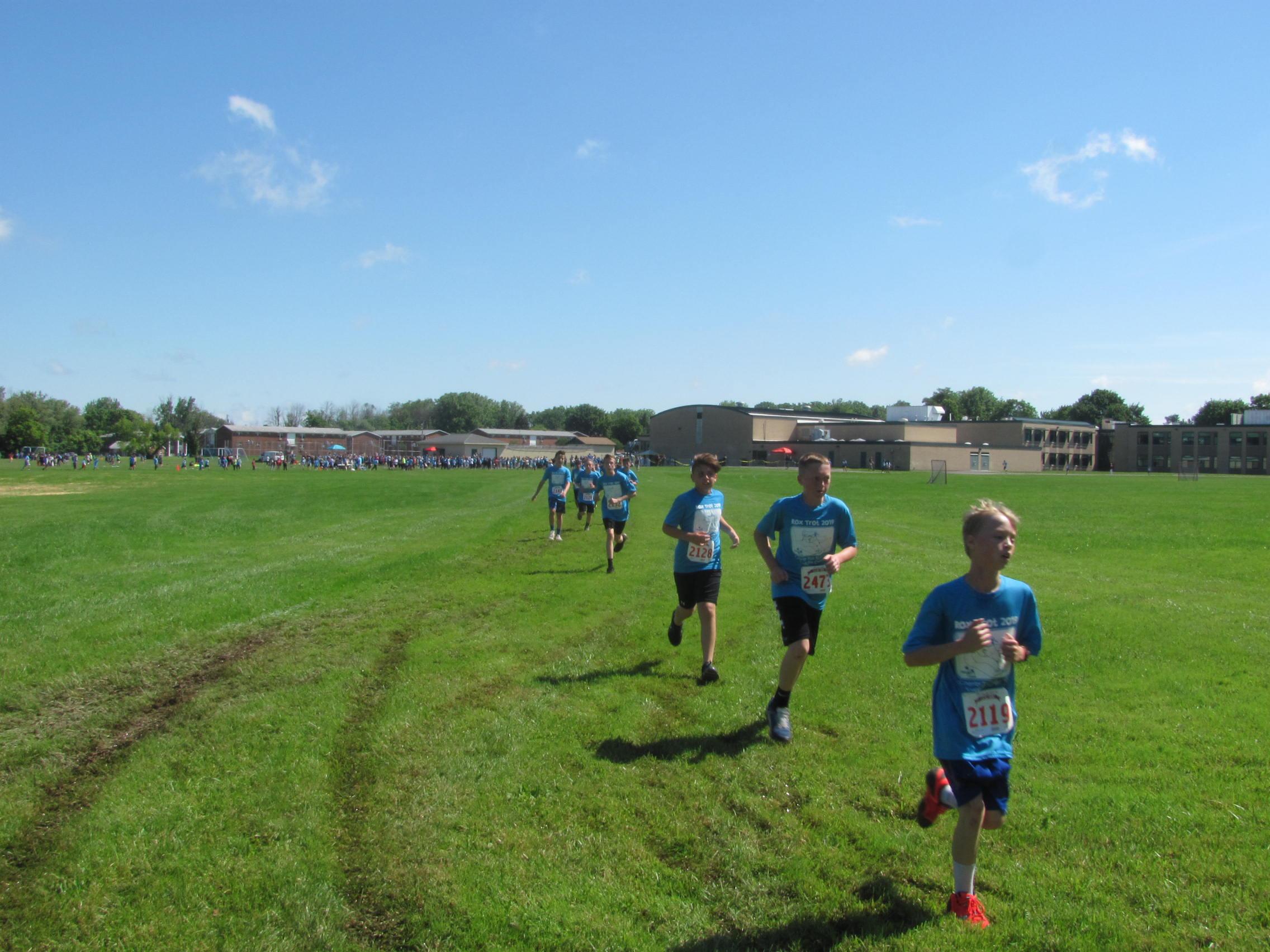 Boys in Fun Run
