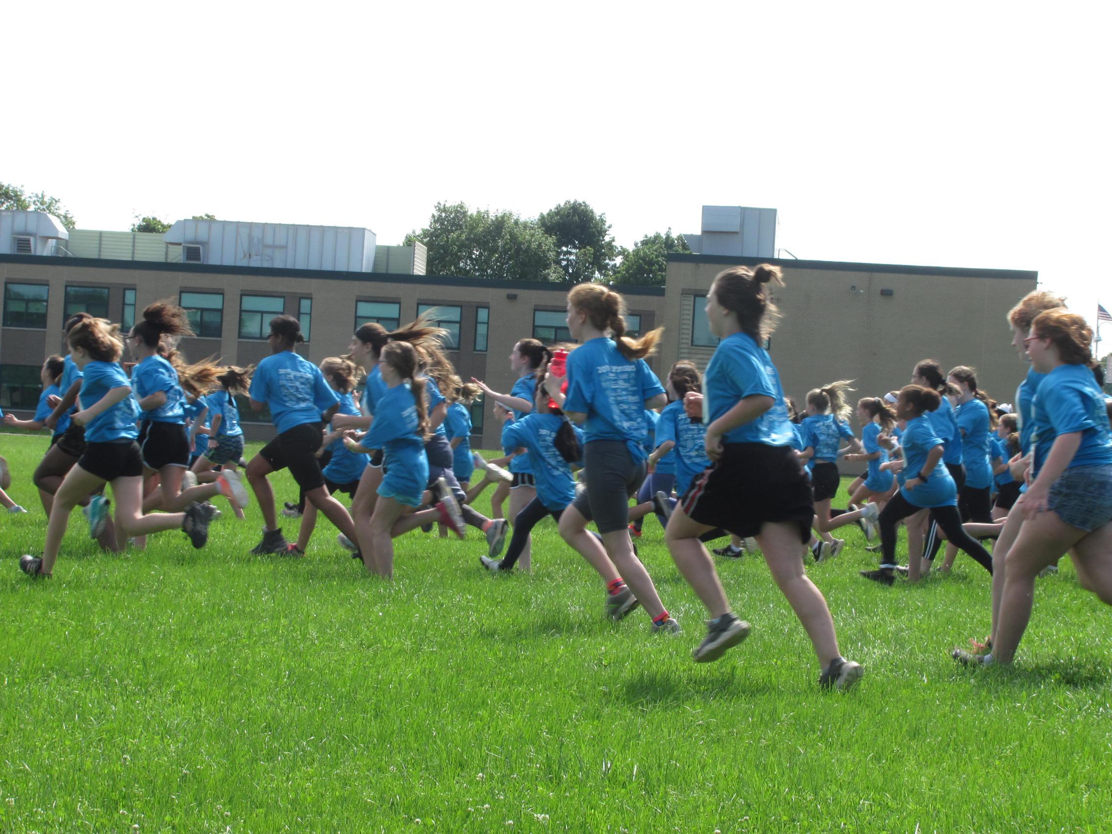 Fun Run with group of kids running