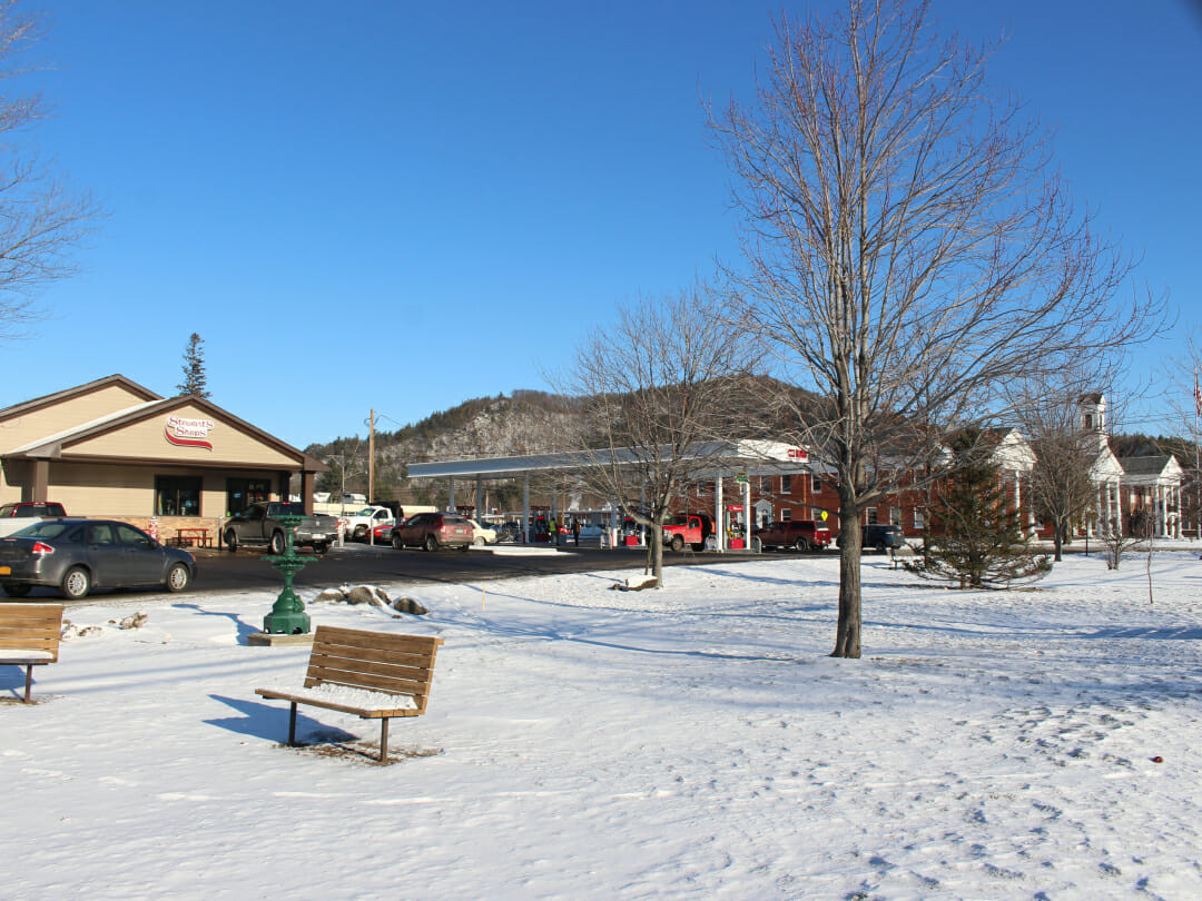 elizabethtown stewarts shop and the town buildings