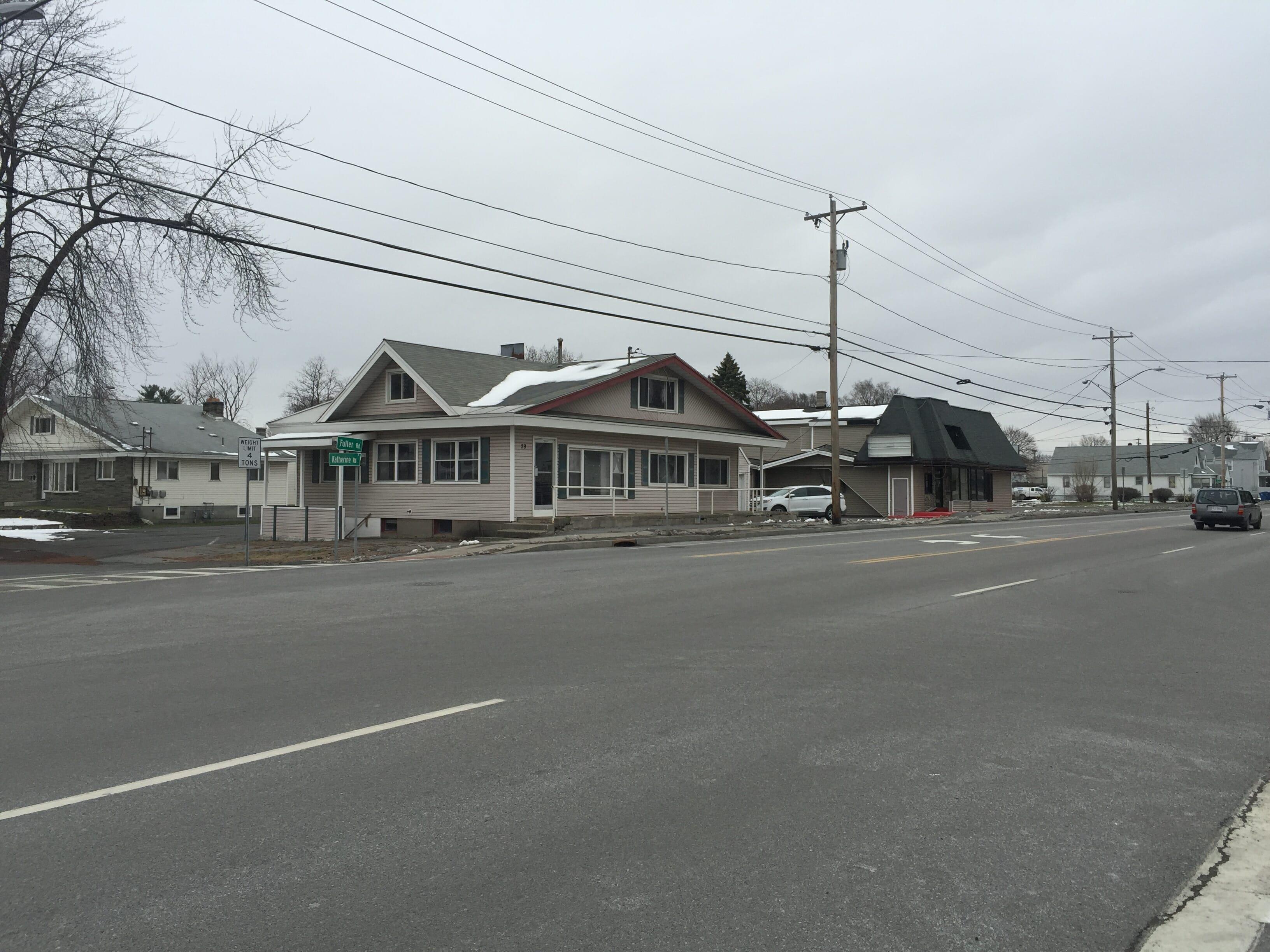 Old Fuller Rd Shop