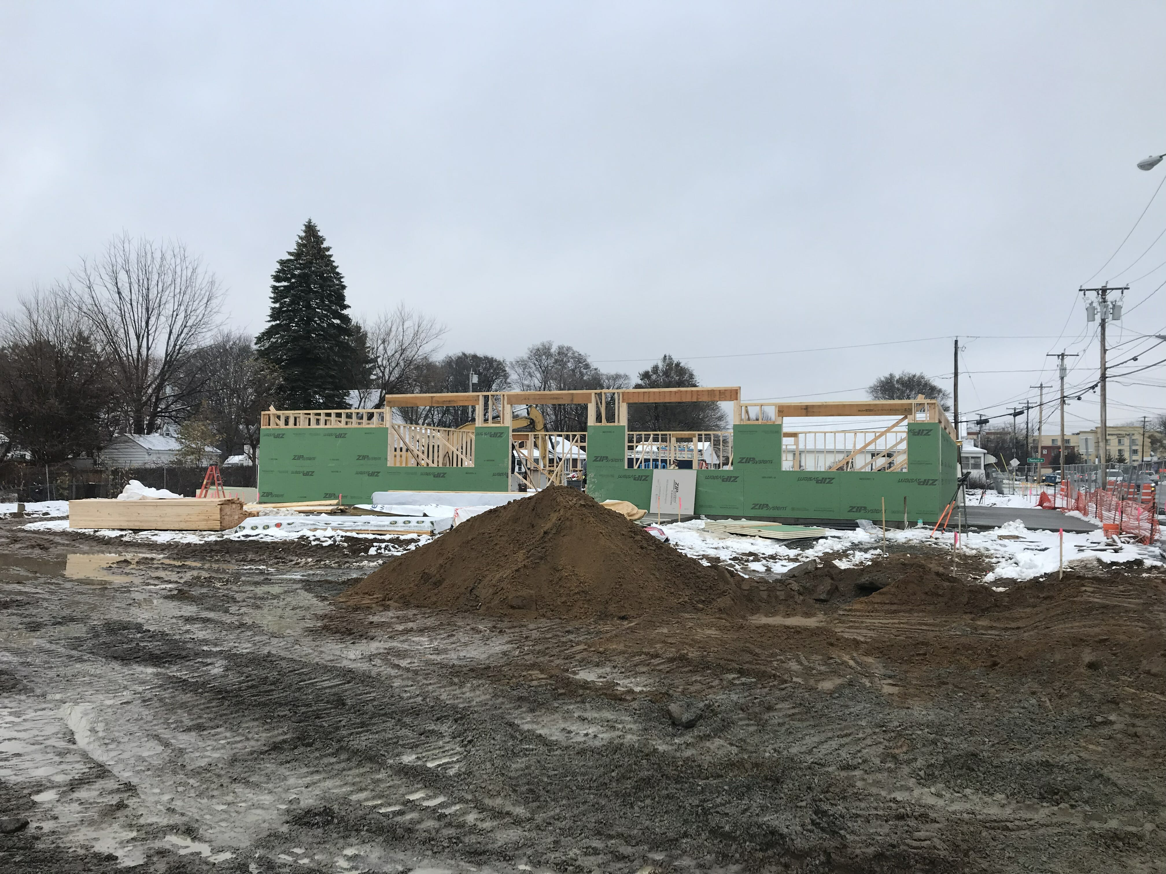 Stewart's shop being built in Albany