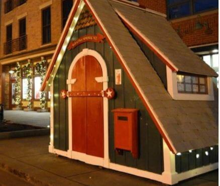 Santa's cottage outside Putnam Market in Saratoga