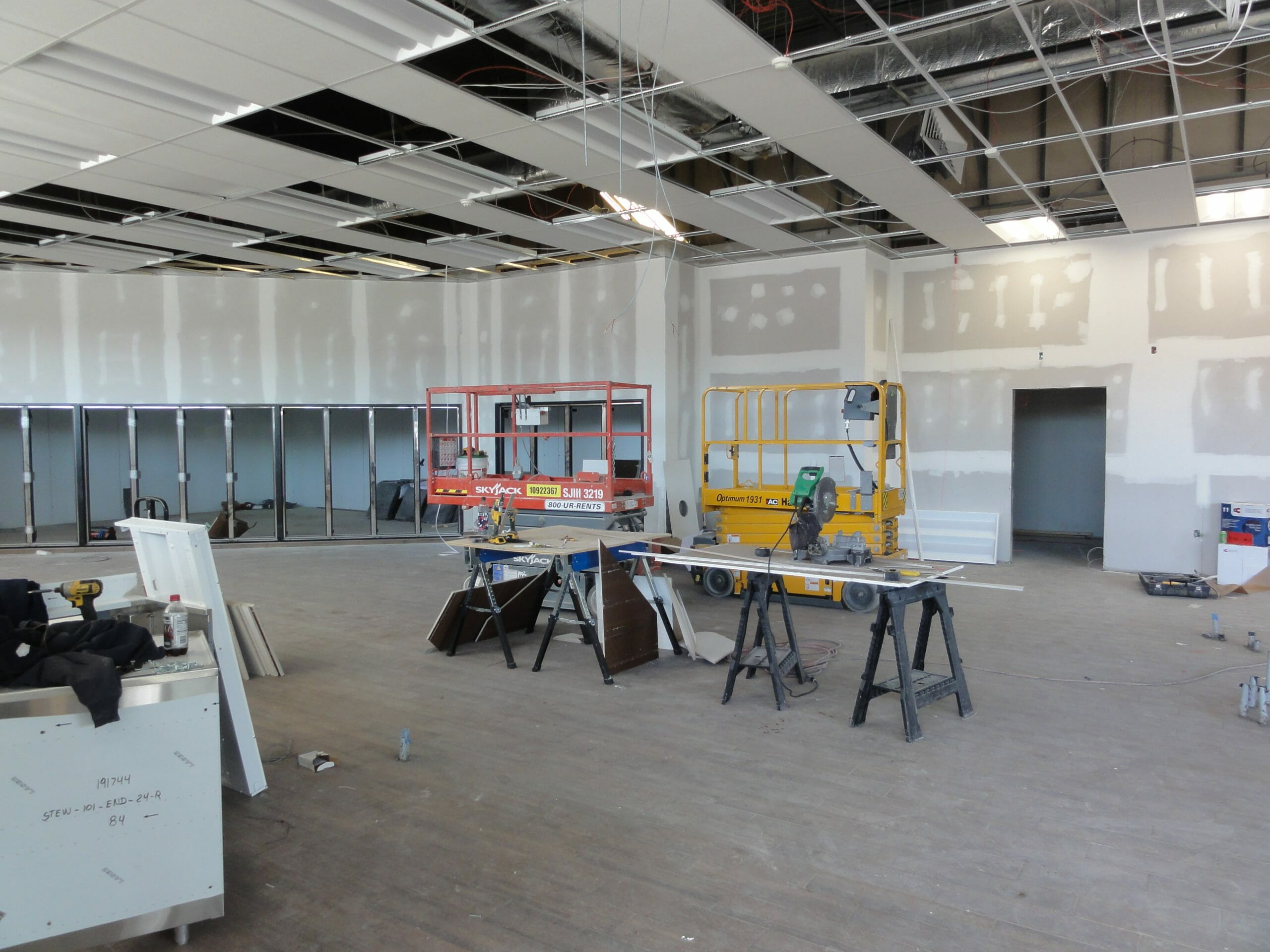 ceiling tiles going in